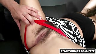RealityKings - Hot Bush - Muff Fluff