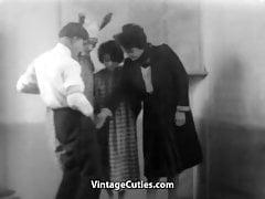 Hairy Hottie Fucks for a Good Grade (1920s Vintage)