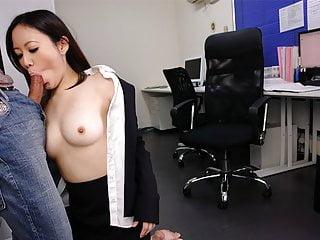 Download video bokep Cute brunette Ritsuko Tachibana swallows a boner in the offi Mp4 terbaru