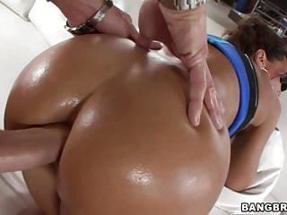 Fat Oiled Ass Lisa Ann Loves Anal