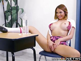 Busty teen Quinn Wilde seduces her big dicked teacher