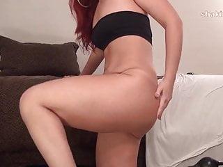 legs and heals bubble butt Latina