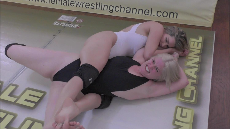 Sunny vs Monroe!  Offense-Protection Actual Feminine Wrestling