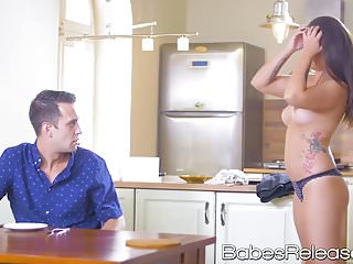 Horny brunette Angelina Brill likes hot jizz on her face