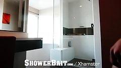 ShowerBait Roommate Bath Tub ASS pounding