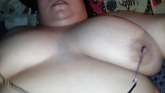 chubby melissa wants her clit pinched