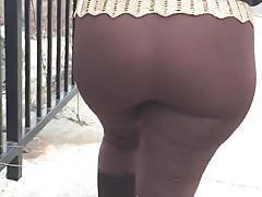 MATURE LATINA VTL TIGHT LEGGINGS