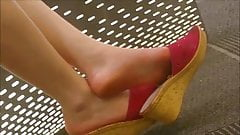 Candid Asian Legs and Feet Shoeplay