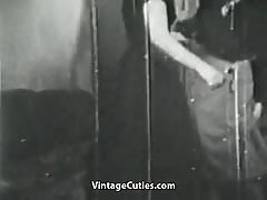 Horny Lesbians Licking and Toying Pussies (1920s Vintage)