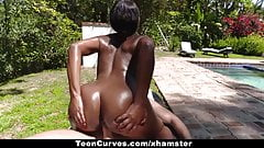 TeenCurves - Ebony Babe Bounces Ass On Cock