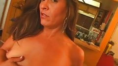 Saggy mature jessica gets fucked