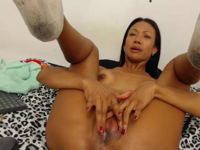 Mature ebony webcam