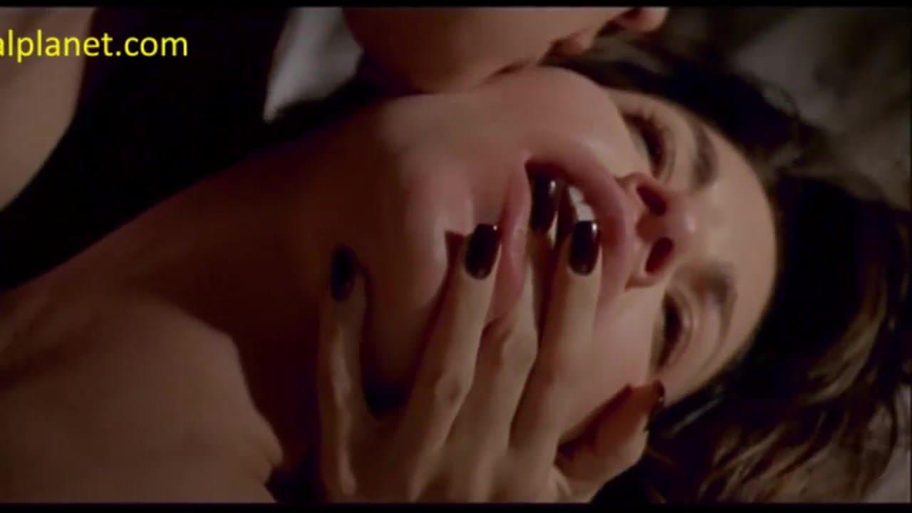 Jennifer tilly bound nude