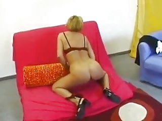 Horny Milf Just Needs To Fuck !