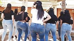 Sexy Girls Booty Shaking in Unison