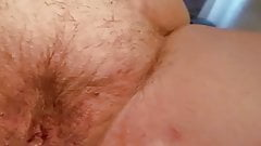 Playing with wifes pussy and making her cum