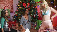 Three teens spending their wild holiday threesome sex