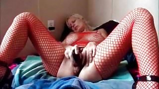 Check My MILF My hot wife is a winger and loves to show off