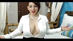 Girl with sexy uddies webcam show