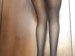 Beautiful Italian Girl Talks Dirty to Me and Masturbating