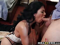 Brazzers - milfs like it big - the bigger the better scene s Thumbnail