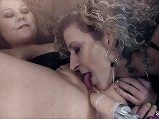 Sara peachez fucking - Sara jay gets pounded by a fucking machine