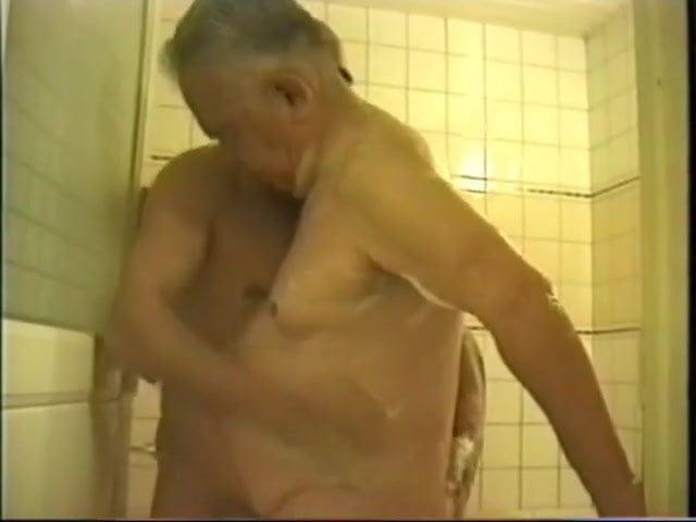 Asian Gay Grandpa 3 years ago XHamster
