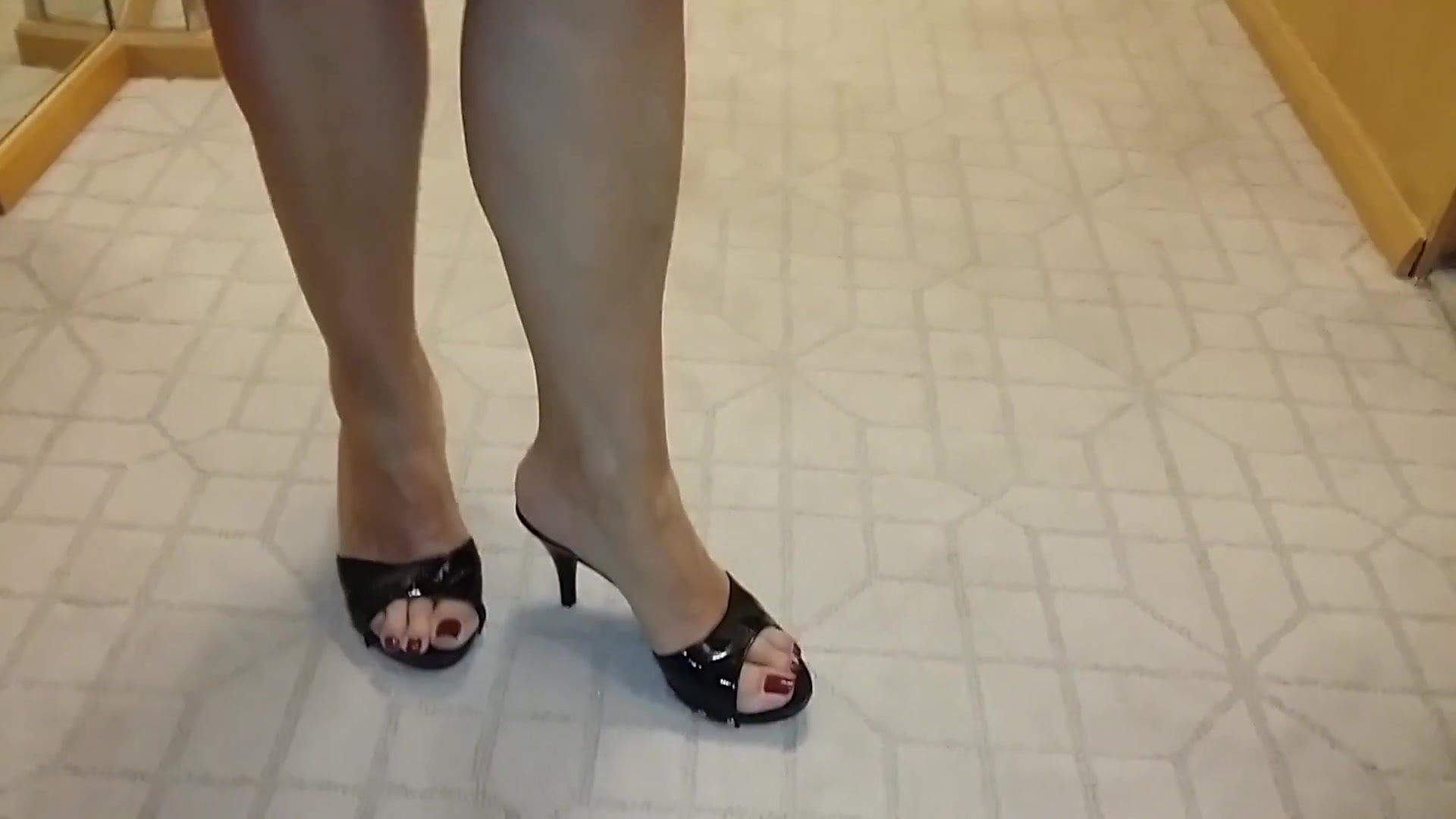 Mulesfree Hd Online Dvd Heel Mature Feet Porn 2hywed9i High B0 xdBerQCoW