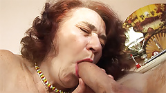 chubby mom fucked by her hairdresser