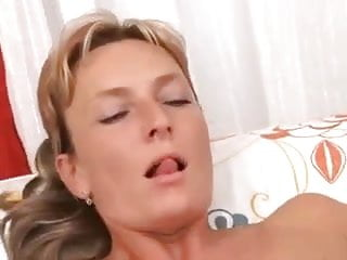 hot mom need a break