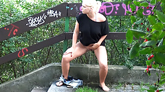 Hot Blonde Needs To Pee In The Park