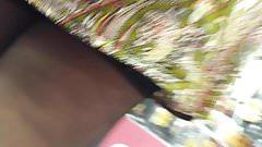 Stocking upskirt mature salope en bas
