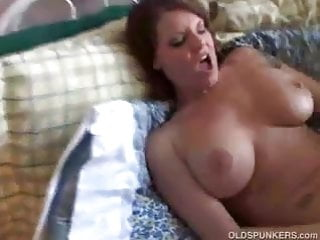 Big tits MILF has a sexy body and a nice juicy pussy