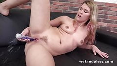 Wetandpissy - Delphines Vibrator Piss - Wetting Her Panties