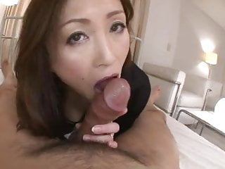 Mature Japanese Woman Give Horny Fun Partof By Airliner