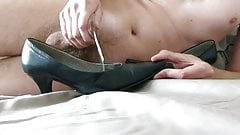 Cum in wifes well used classic pump