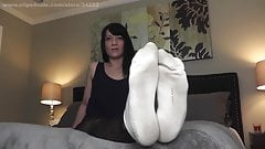 Foot lust edging session with Lady Dee