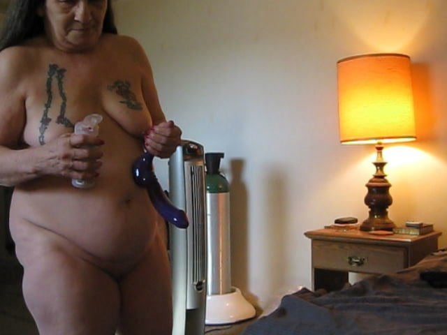 Want to dildo my husband