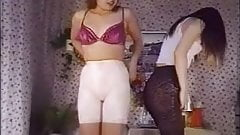It's the same as sports to wear very tight girdle