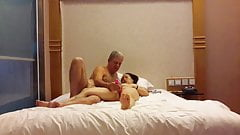 Tang Li masturbates with vibrator orgasming 's Thumb