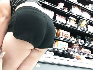 Beautiful Ass Cheeks Mami (HD) 09-03-17