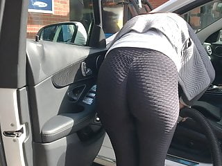 Delicious Candid Leggings At The Car Wash