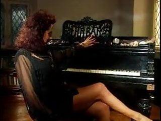 5 piano stripper