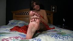 Jerk For Those Mature Feet