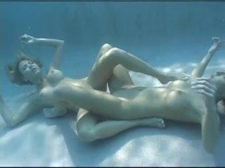 Underwater Lesbians Dildo Sex