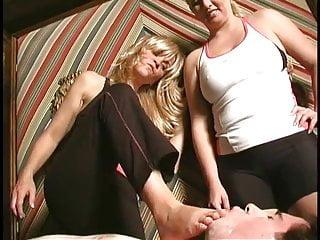 CFNM - Humiliation - Instructed Wanking - Self Facial