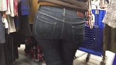 Latina Ass in Jeans's Thumb