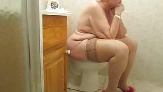 Hidden camera catches granny again