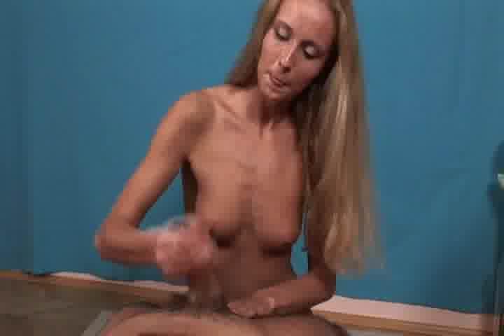 carla free nude picture pivonski