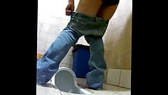 Sexy Toilet Girls 9